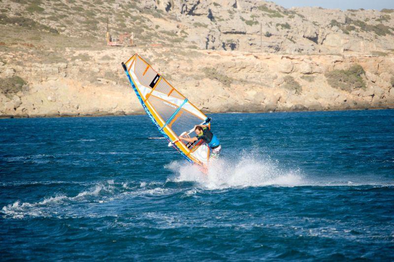 013cc8098f1a Szeptember vége: Karpathos Október - csak kéne menni valahova októberben  is. Még kitaláljuk :) Üdv Windsurfing.hu / Takács Máté info@windsurfing.hu